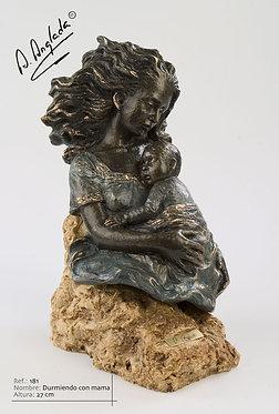 Escultura Durmiendo con mamá - A. Anglada