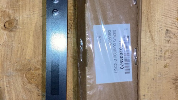 RF02034970 DISPLAY CONTROLLO 12DIGIT C/GUSCIO