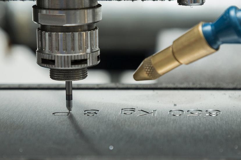 CNC Graviermaschine Andreas Menge Graviertechnik