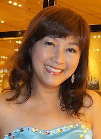Annie photo.jpg