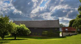 Scotland Hall Barn