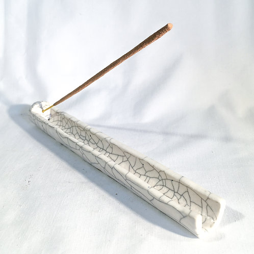 Crackle incense holder