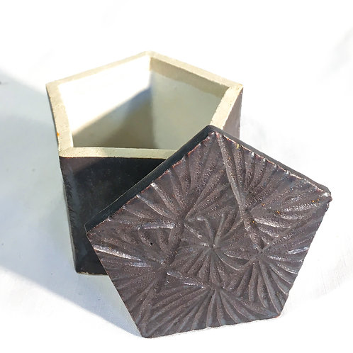 Ferrite pentagonal treasure box
