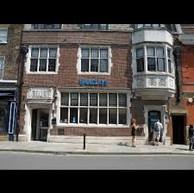 Barclays to close Eton branch