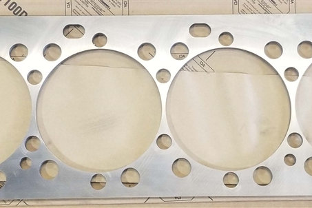 Cat 3406E Spacer Plate 6I4421 frequently purchased with 3406E Cylinder head