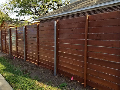Cedar-horizontal-on-steel-posts-2.jpg