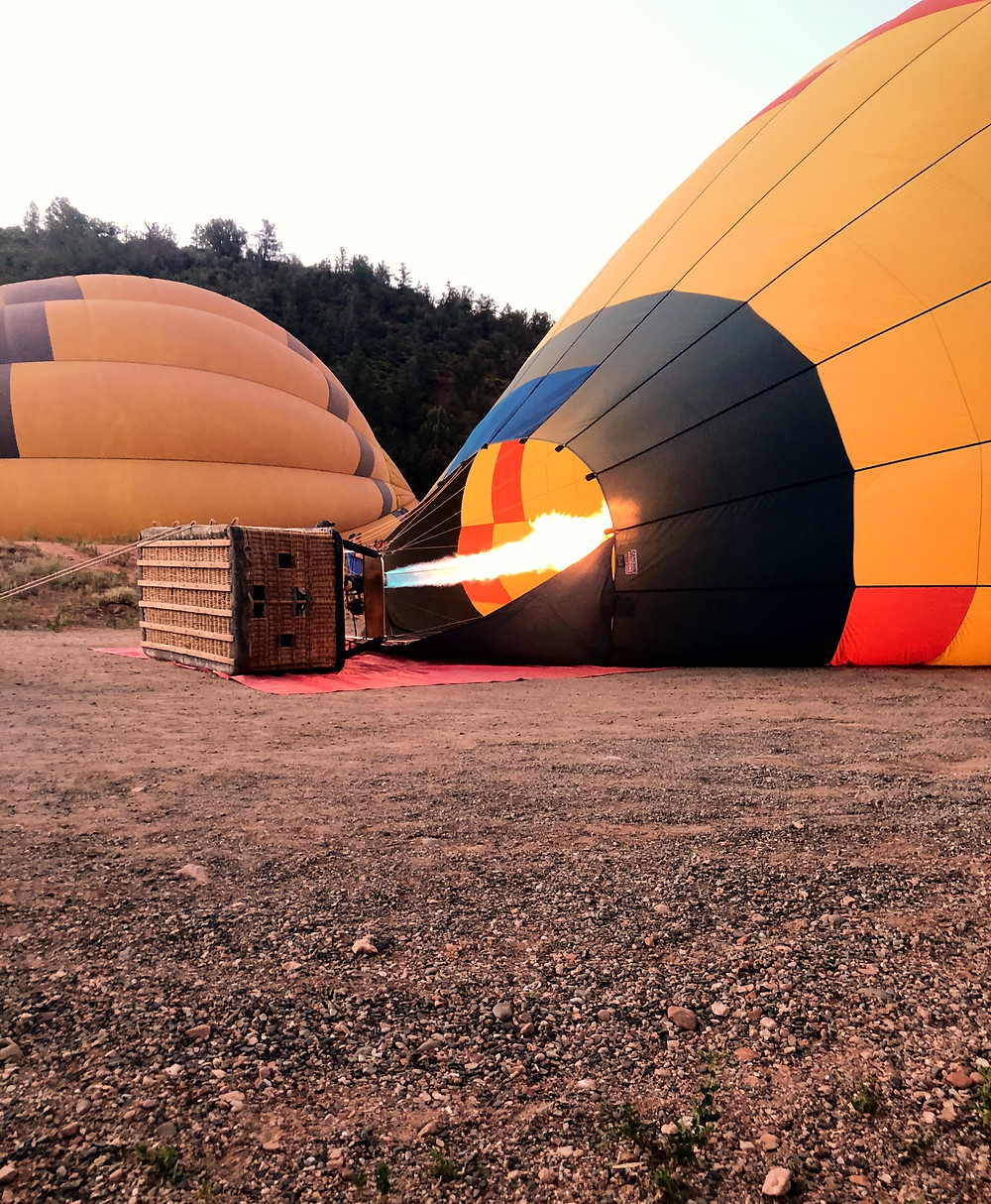 hot air balloon, sky, basket, parachute, fire, balloon