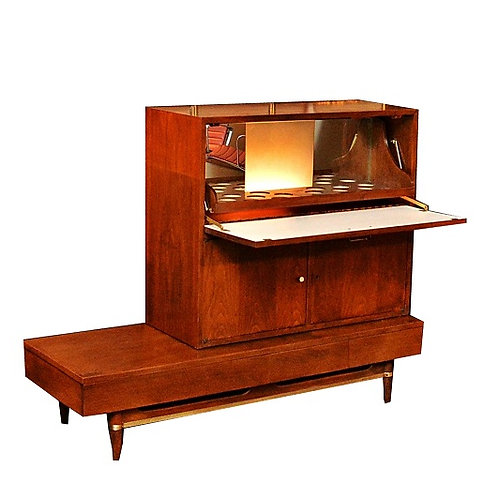 """Mid Century American of Martinsville Platform Base with Bar by Gershun """"Dania"""""""