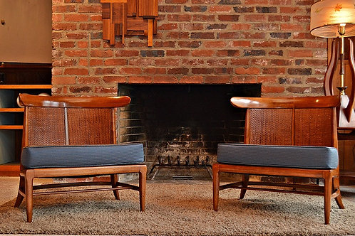 Pair of Mid Century Tomlinson Sophisticate Slipper Lounge Chairs