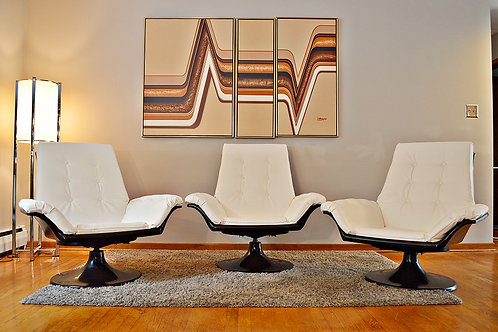 Mid Century Decorian Swivel Tulip Base Lounge Chair