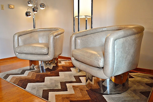 Pair of Swivel Lounge Chairs by Leon Rosen for Pace Collection
