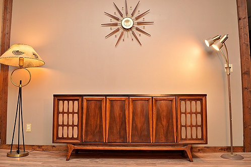 1960's Mid Century Entertainment Stereo Bluetooth Credenza / Media Cabinet