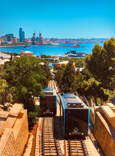 Панорама прибрежного Баку.