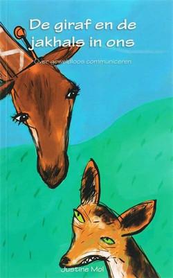jakhals en giraf