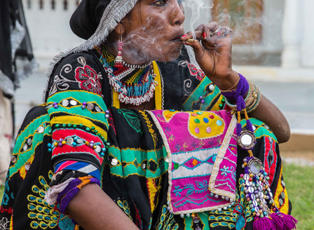 During my Yatra in India I was really captured from some kind of gypsy from Rajasthan. They mesmeriz