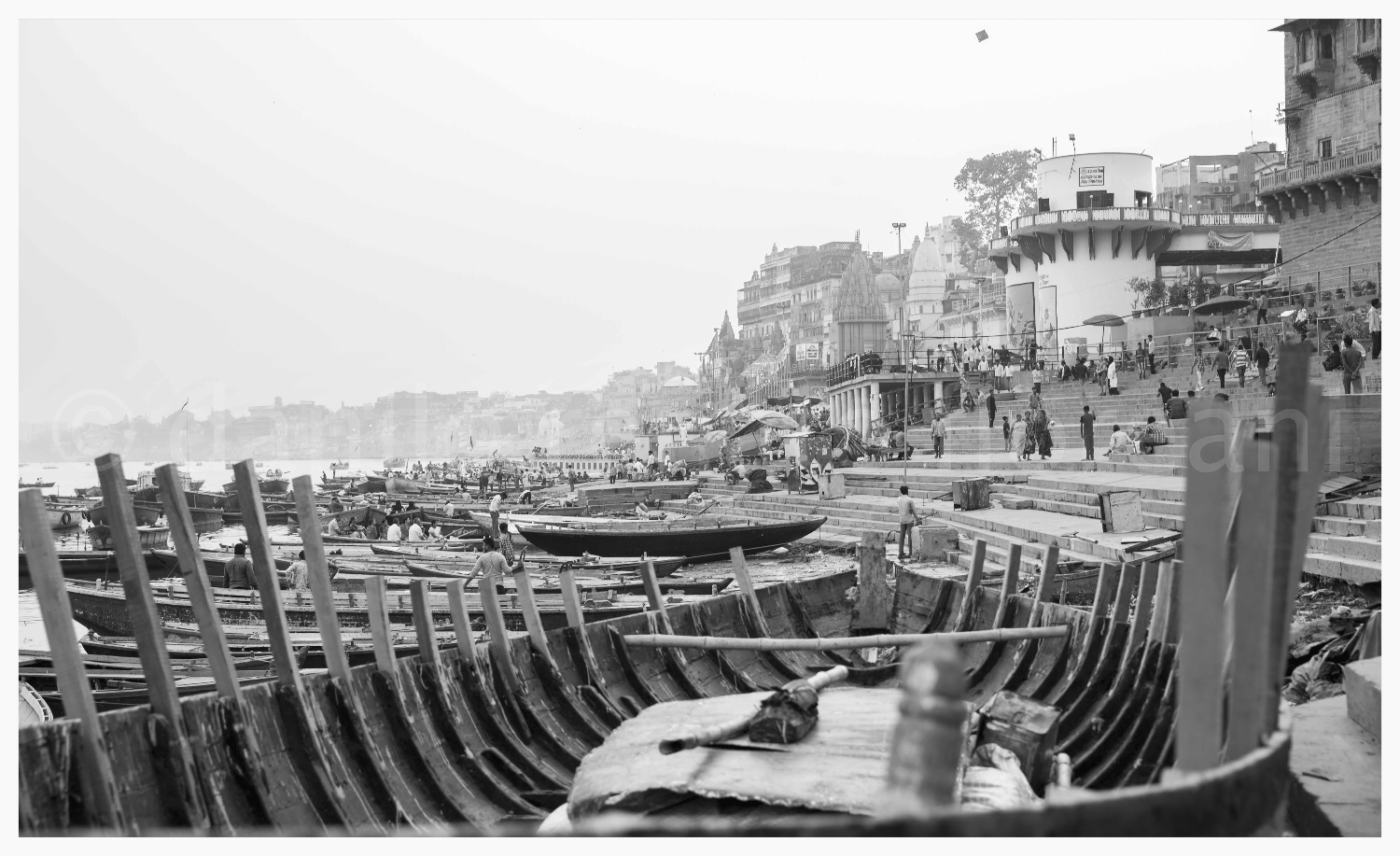VARANASI AND THE KITE 90X55