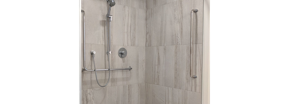 138-Arthur-Bathroom-01.jpg