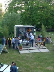 Cube garden party