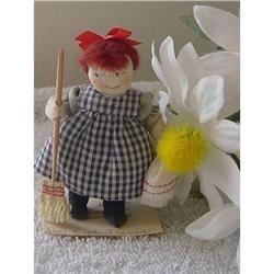 Orphant Annie Millies Miniatures