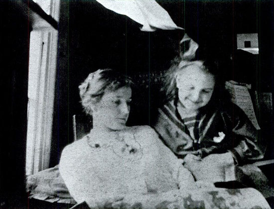 Marcella Gruelle and her mother.jpg