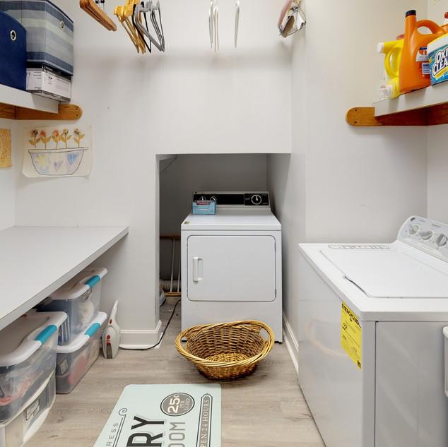 Windswept-Dr-East-Laundry.jpg