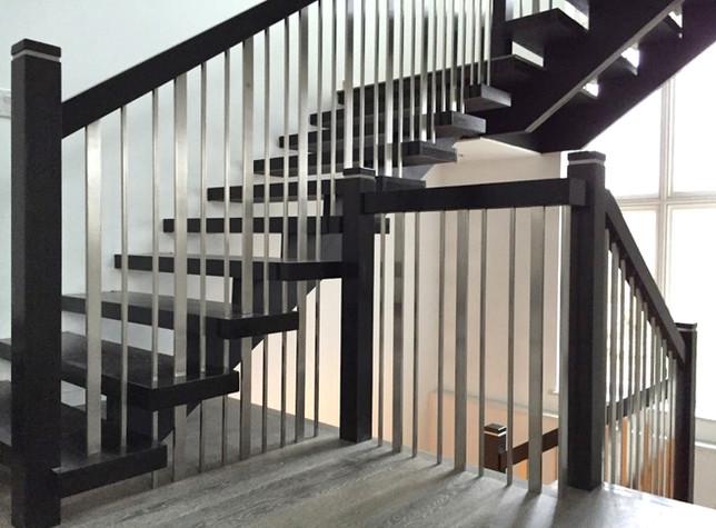 Open Riser Staircase 10