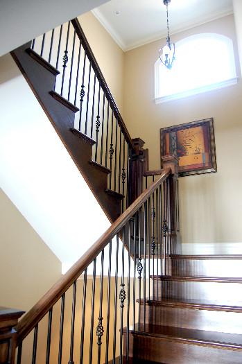 Interior 31