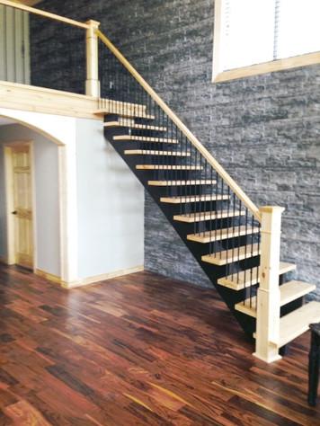 Open Riser Staircase 7