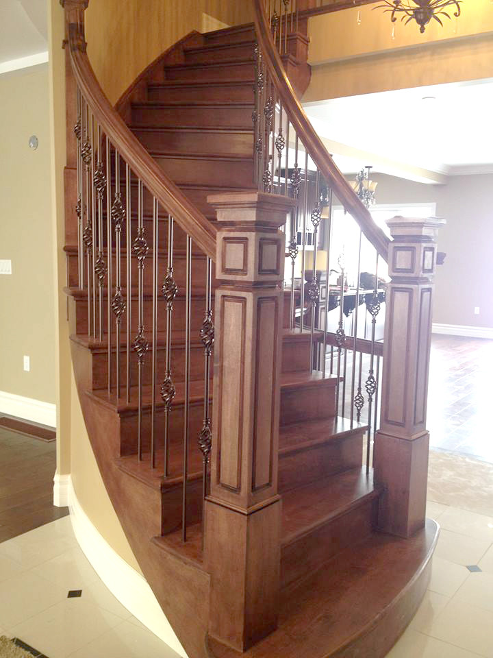Curved Staircase 4
