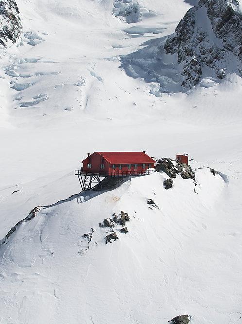 Plateau Hut