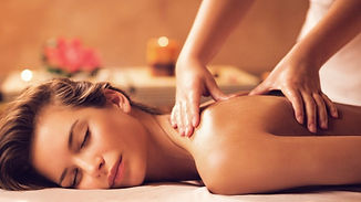 description-de-la-discipline-massage-californien_edited.jpg