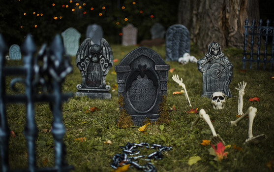 PartyCity_Graveyard_Halloween2020.jpg