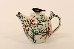 teapot_with_red_robin