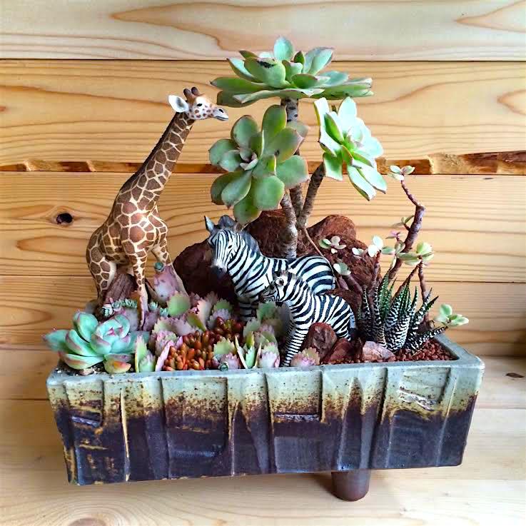 Giraffe&Zebra-SafariDesign-
