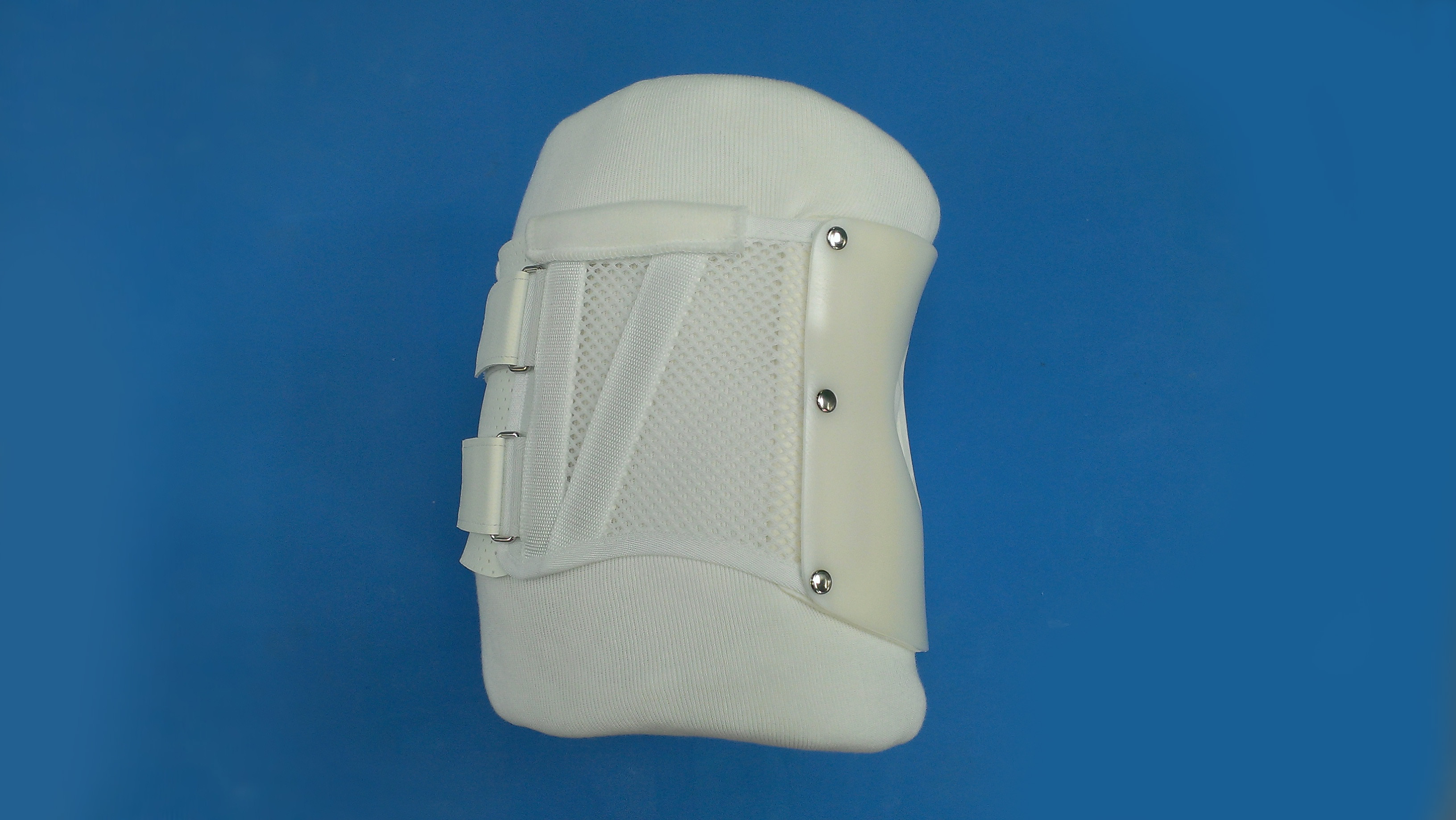 腰椎装具ナイト型
