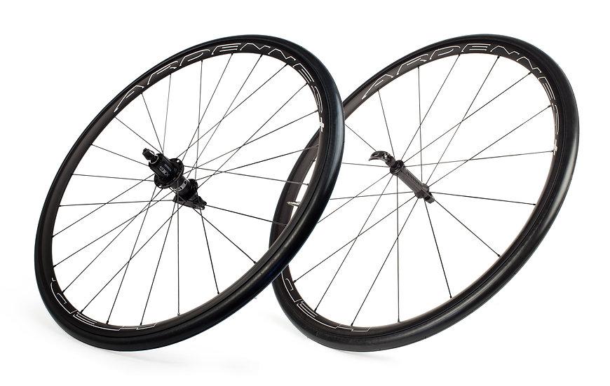 Ardennes RA Black Wheelset (2021)