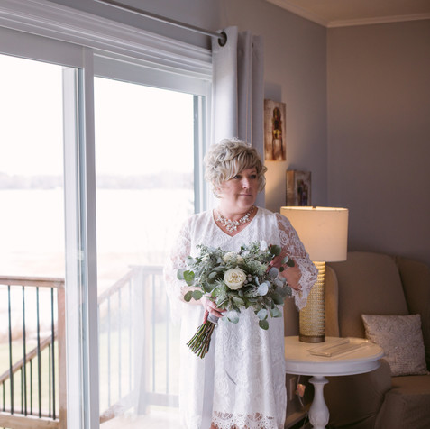 Photographer: Allison Hadley Photography Flowers: Wish Etc