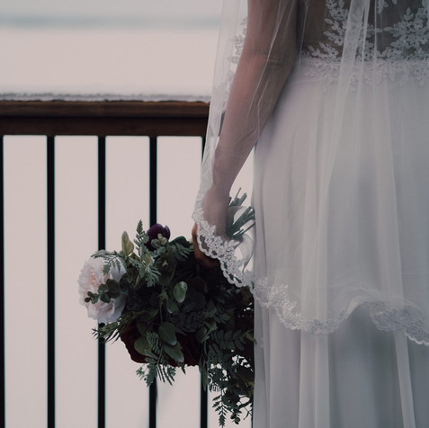 Photography: Sam Meggs Photography Flowers: Madison Quinn Florals