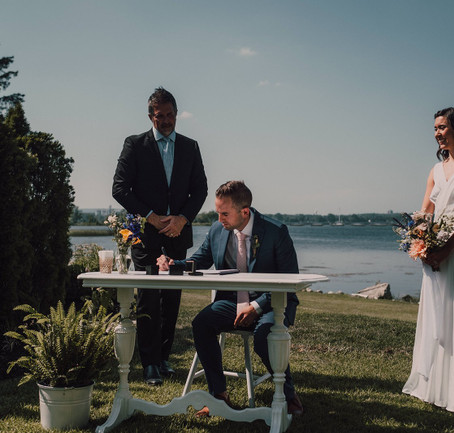 7 Questions To Ask Tour Officiant