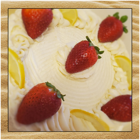 strawberry cheescake sand.png