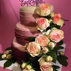 Hochzeit pink echte Rosen.jpg