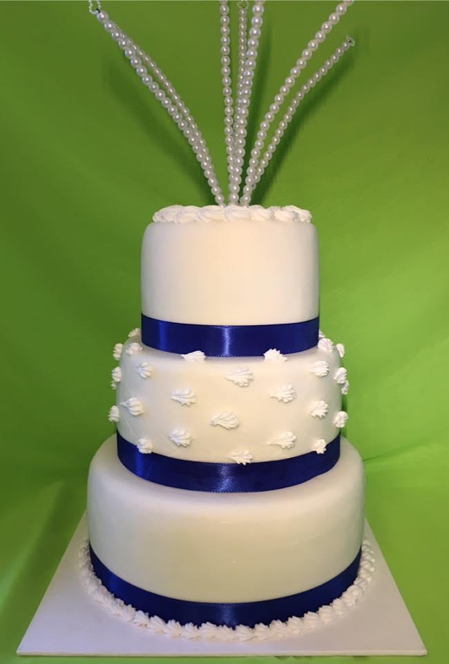 Hochzeit weiss blau