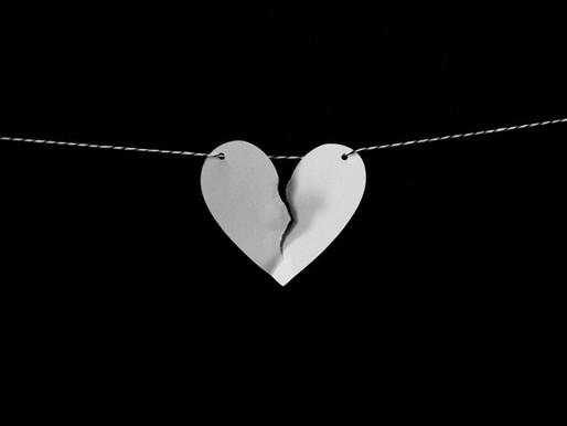 """Quando o amor vai embora — uma leitura de """"Copo Vazio"""" e uma carta inédita de Mirela"""