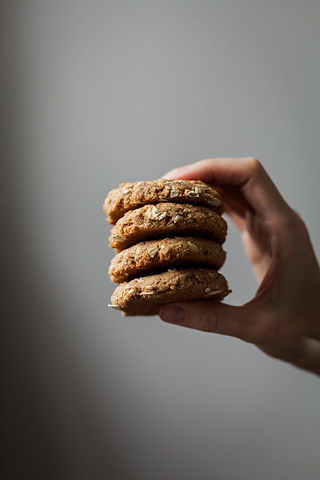5 Healthier Post-Holiday Treats [vegan]