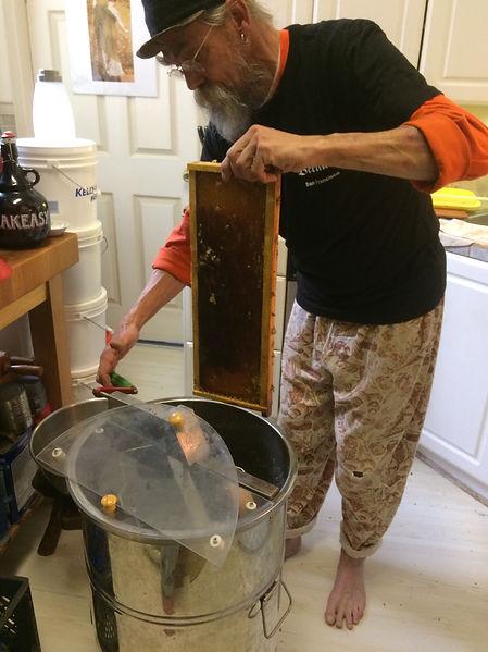 Spinning Honeycomb