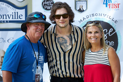 Dillon James Step and Repeat250