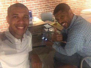 Mayor Kevin Johnson & Derek Bluford disc