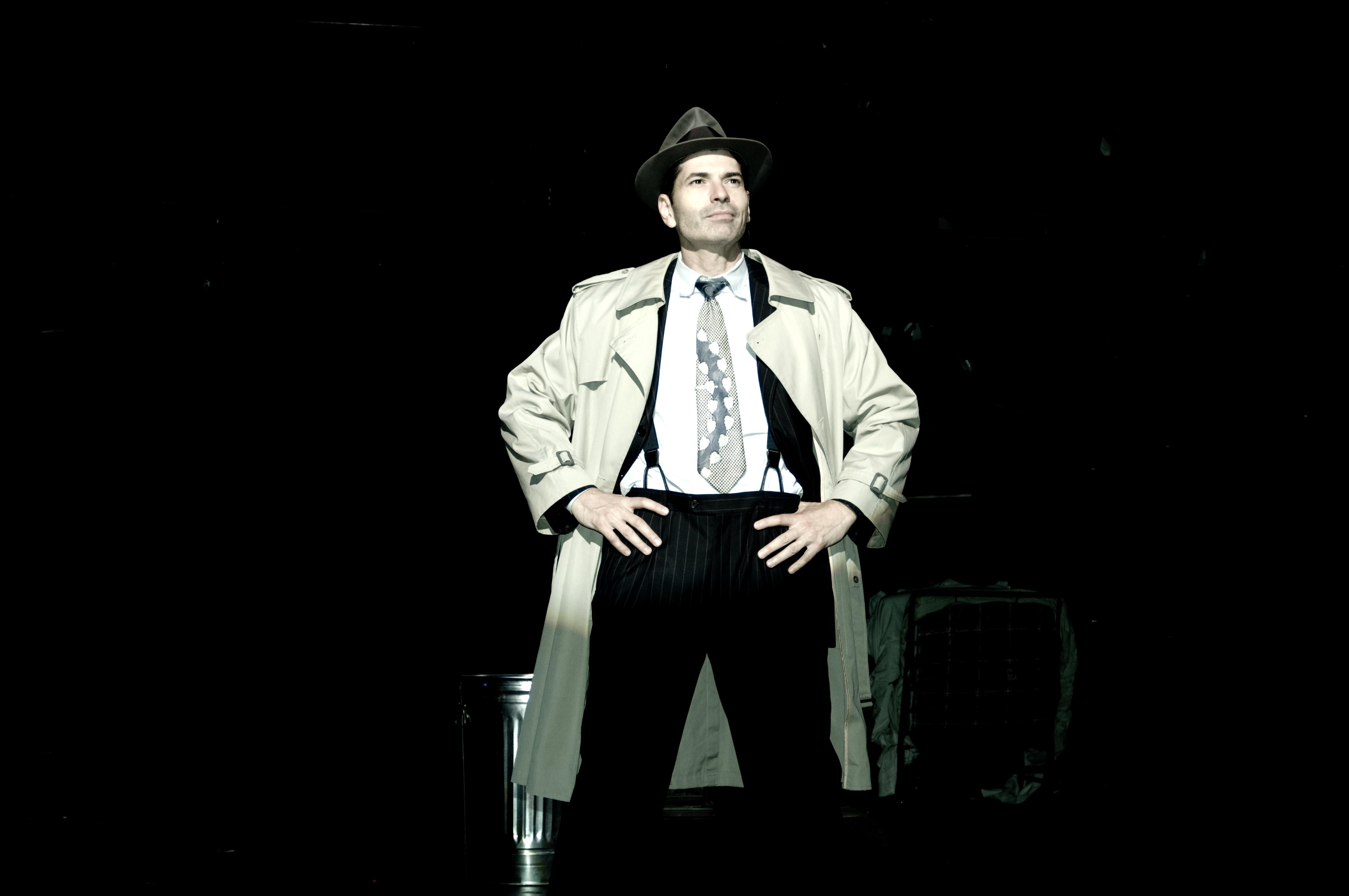 Joe Barbara as Scoop O'Reilly