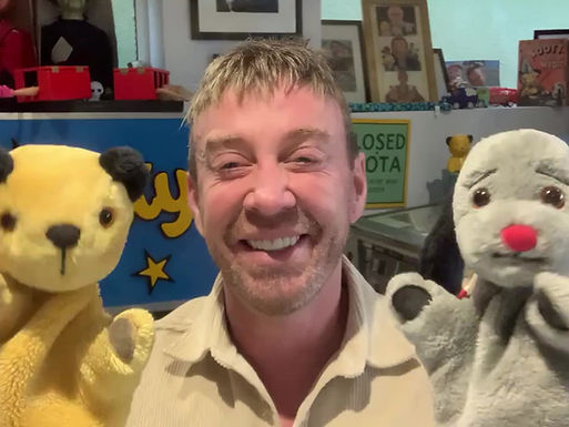 """New """"Sooty and Sweep"""" Site Welcome Video"""