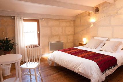 Bed and Breakfast and home holiday chambres d'hôtes et location de vacances en gîte la maison de thais in Arles